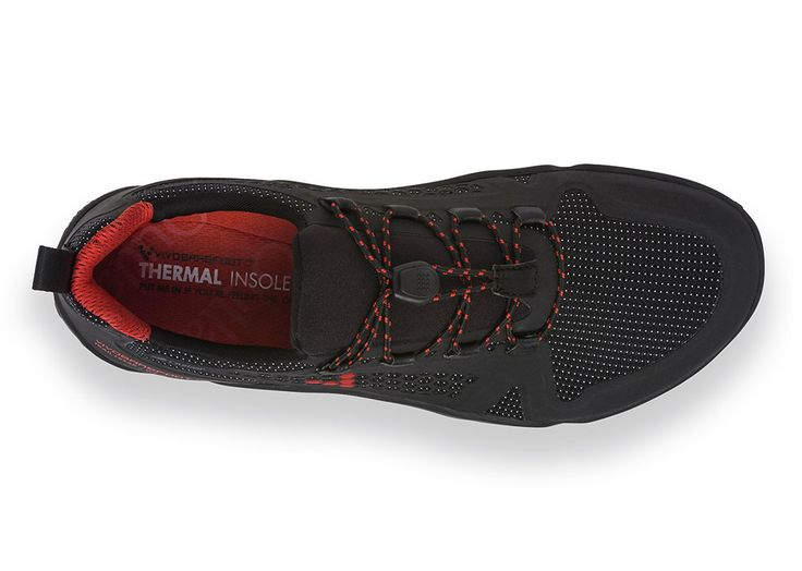 A master of speed, breathability and grip, in the harshest of conditions; The TRAIL FREAK WINTERPROOF has a lightweight natural fit, duo 3M mesh and laminated structured that gives a comfortable and secure 'second skin' fit. The full Hydro-Guard lining and bellowed tongue will keep the water out and the reflective printing and yarn in the tight nylon weave will give you high visibility in the dark. The ultra-thin, off road sole has the perfect balance of grip and sensory...