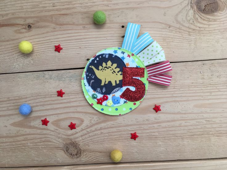 Birthday Badge, Dinosaur Badge, Gender Neutral Pin, Custom Badge, 5th Birthday Pin, Age Pin, Age Badge, Birthday Brooch, Fifth Birthday, by KatiesShed on Etsy