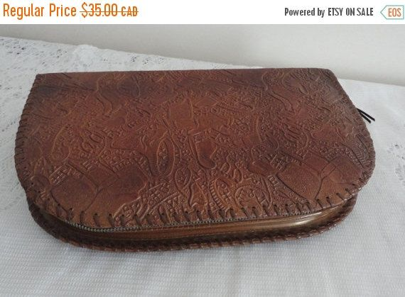 On Sale Vintage Tooled Leather Men Vanity Case 60s - pinned by pin4etsy.com
