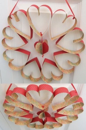 valentine wreath - gonna let the girls make one of these.