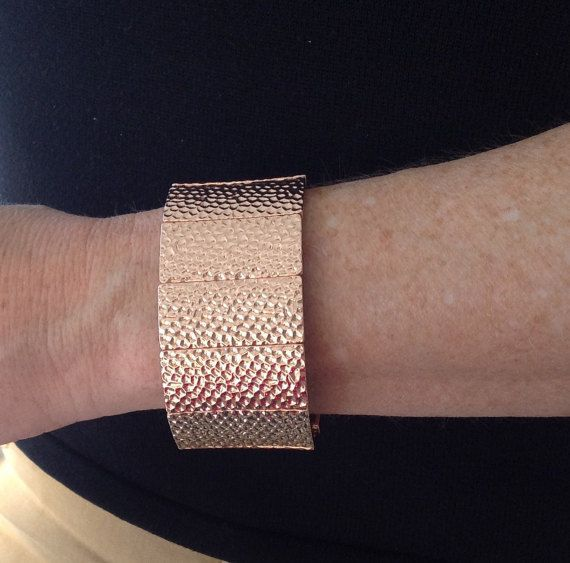 FitBit Charge HR Bracelet and FitBit Charge by FITnessBITsy