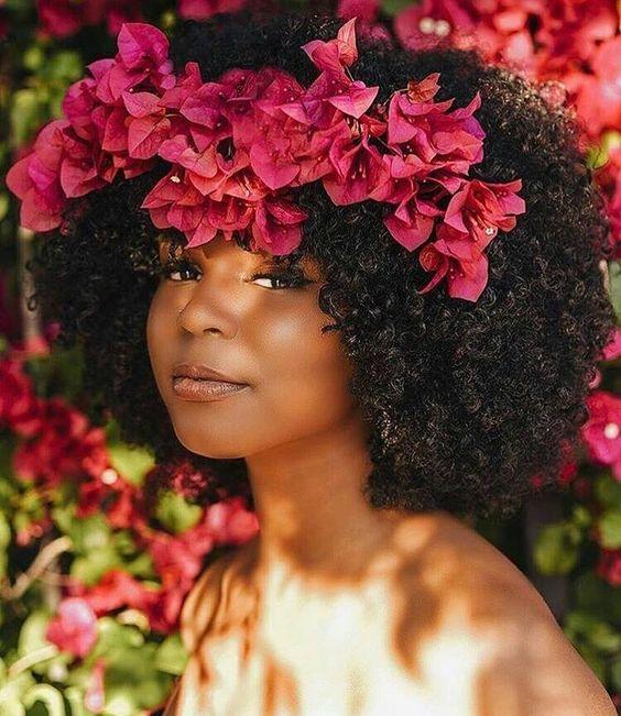 Natural Hair Queen, Black Beauty, Black Girl, Natural Hair Style, Dark Skin Make Up, Flower Crown, Curly Hair