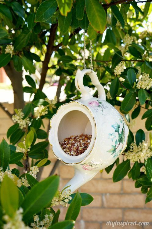 Teacup and Teapot Bird Feeder Repurposing Idea
