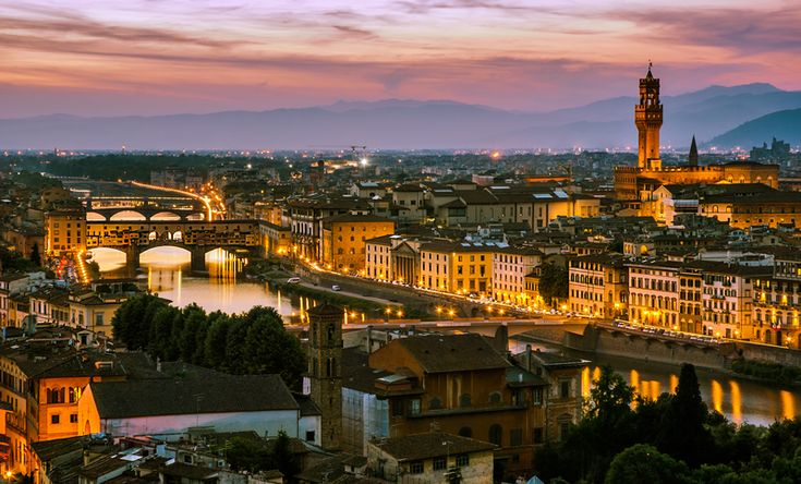 FLORENCE: SPECIAL WALKING TOUR WITH HAPPY HOUR! A 2 hour half day walking tour follow by an aperitif (happy hour) in #Florence. Discover details: http://www.sunnytuscanytours.com/gestione/view.php3?DB1_lingua=ENG&DB1_codice=1499&pagout=scheda_ENG.html&DB2_tag=Daily%20Tours