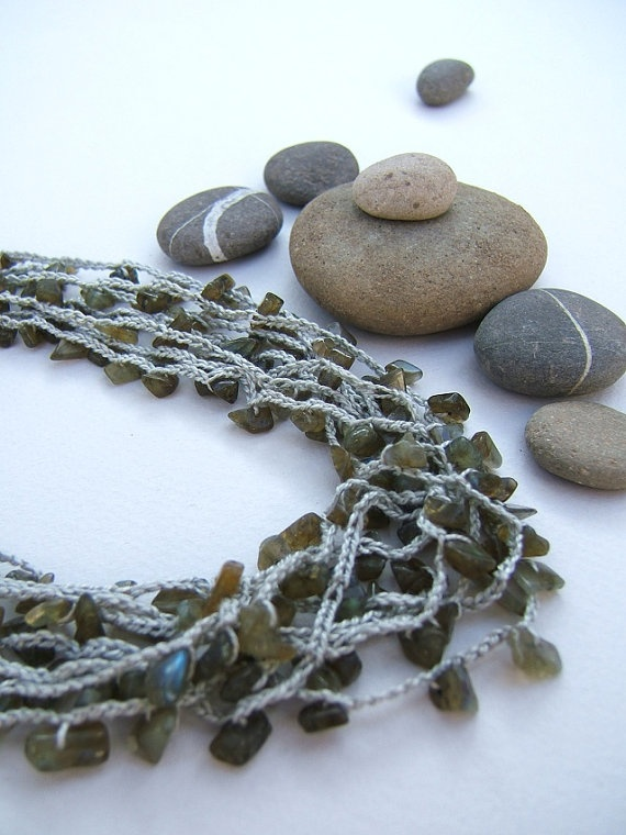 Labradorite necklace. Jewelry. Hand knitted by FerCreations, $32.00