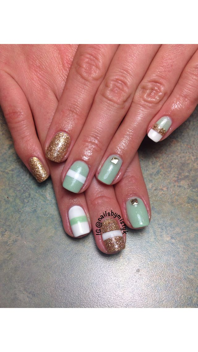 Classic Nails: 1000+ Ideas About White Shellac Nails On Pinterest
