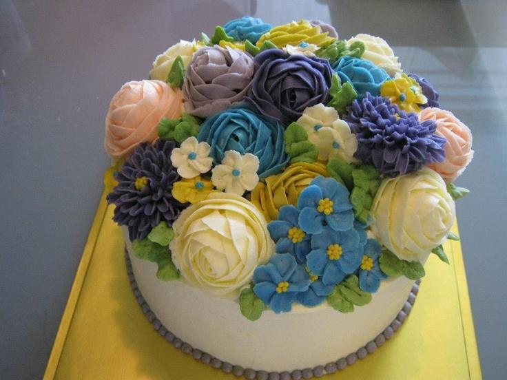 Cake Decorating With Buttercream Flowers : Real 100% handmade buttercream flower cake... yoon s ...