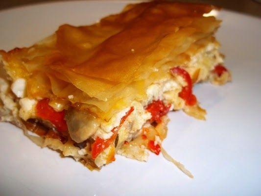 Easy cheesepie by Info4foods.blogspot.gr: Τυρόπιτα με μανιτάρια και πιπεριές φλωρίνης