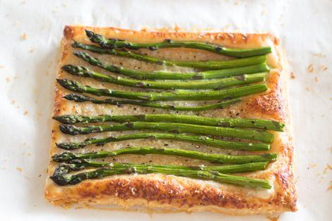 Quick & Easy Asparagus Tart Recipe!