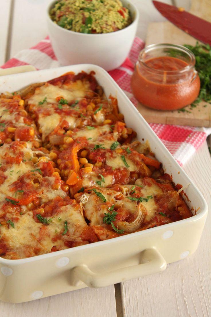 Ελαφριά μεξικάνικα λαζάνια με λαχανικά, σάλτσες εντσιλάντα και γκουακαμόλε