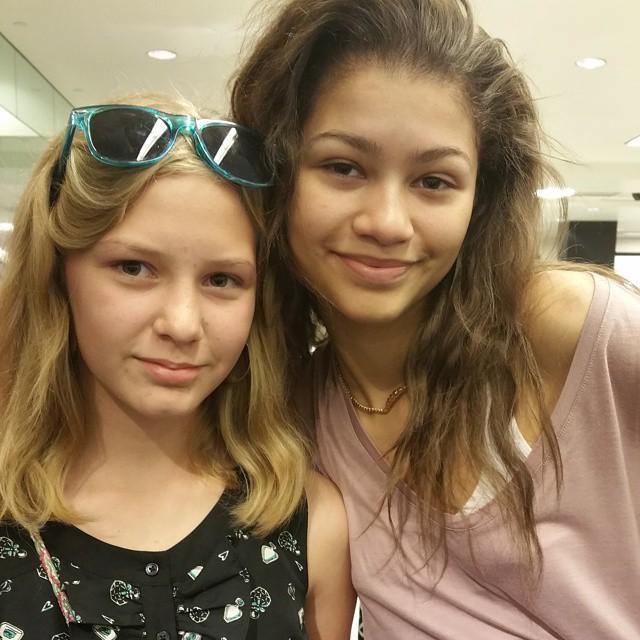 justyrose: Nicole and her heroine Zendaya. They actually look alike...