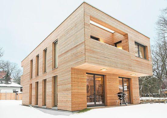 Architektur und Baustatik, Teamarbeit und Freude am Holzbau und Sanierung. Wir stehen für Kreativität, für klaren Entwurf, ökologisches Bauen