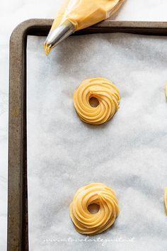 Come formare le zeppole di San giusppe al forno - Ricetta Zeppole di San Giuseppe al forno