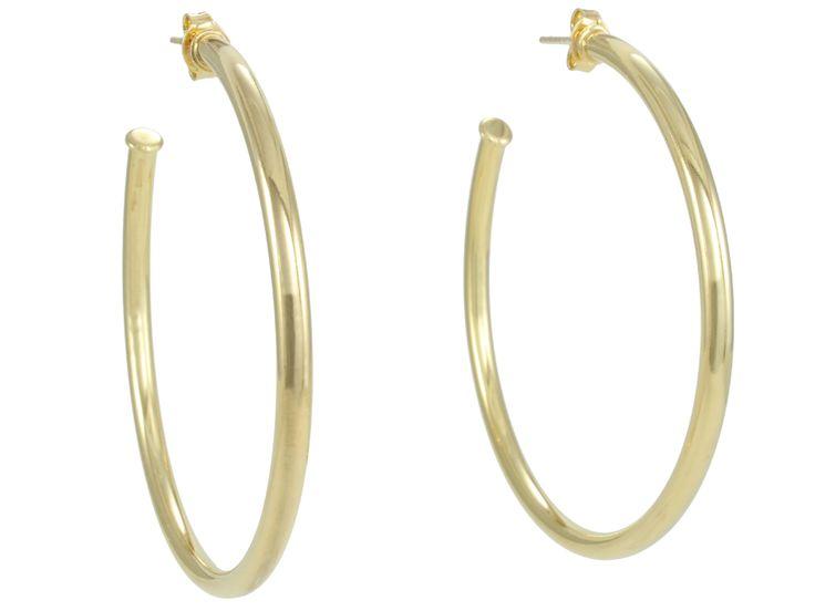 Argolas nunca saem de moda! Combina com qualquer estilo, qualquer look!  Essa é folheada a ouro 18k!   #castelloreis #semijoias #moda #argolas