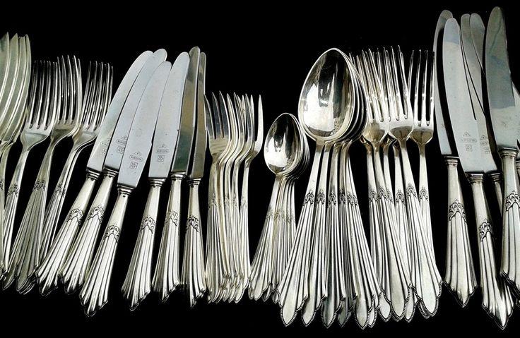 Viljuške, kašike i noževi vremenom izgube svoj sjaj i dobiju mrlje za koje vam se