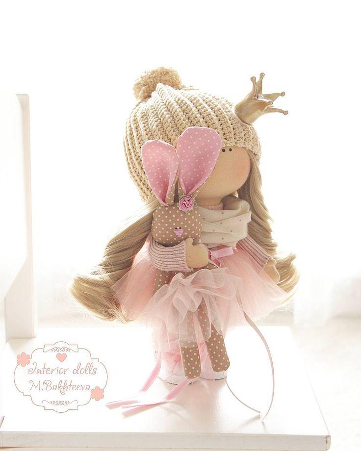 Малышка отправляется в Англию🛫💗 Возможен примерный повтор💗 ---------------------- #куклымариибахтеевой #кукла#красотка#ручнаяработа #gutermann #bernina_380