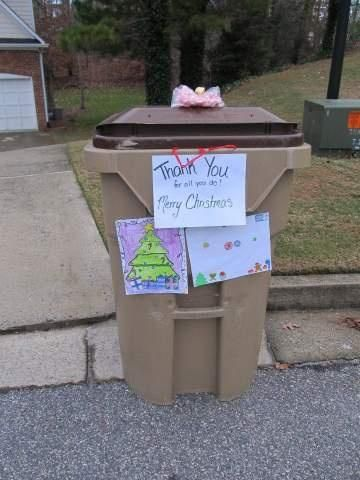 100 Random Acts of Kindness ideas for Christmas.