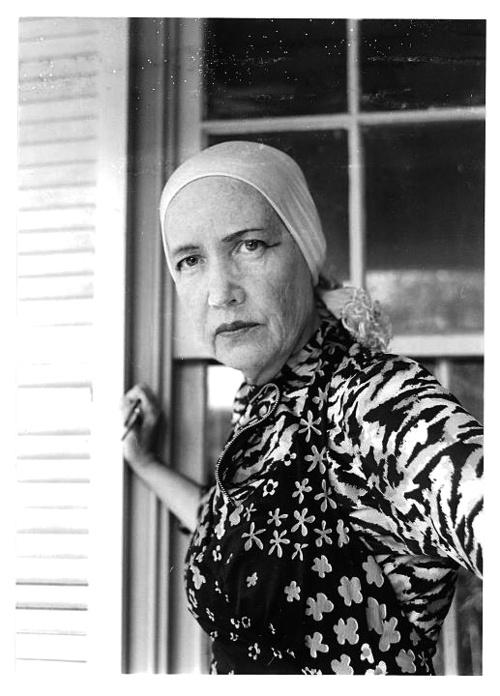 Edith Beale: the Color in Grey Gardns Essay