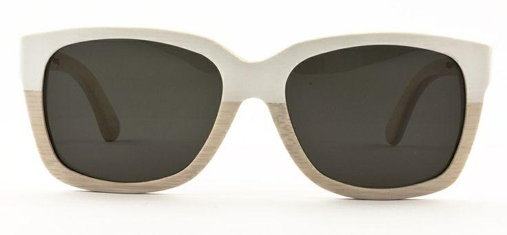 #loveyewear #waitingforthesun http://www.loveyewear.se/solglasogon/waiting-for-the-sun-ws-madame-whitevintage-vit-beige/