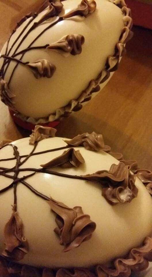 Huevos de Pascua Artesanales En Venta,  chocolate Arcor  Consultas por inbox FB: Flora Molocha  Twitter:  @hola_soy_flora Instagram:  Flora Molochaza  Skype:  floraoddone@hotmail.com