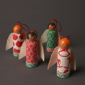 patchwork peg dolls: Patchwork Peg, Angel Crafts, Christmas Decorations, Paintings Angel, Dolls Decor, Peg Dolls, Angel Ornaments, Clothespins Dolls, Christmas Ornaments