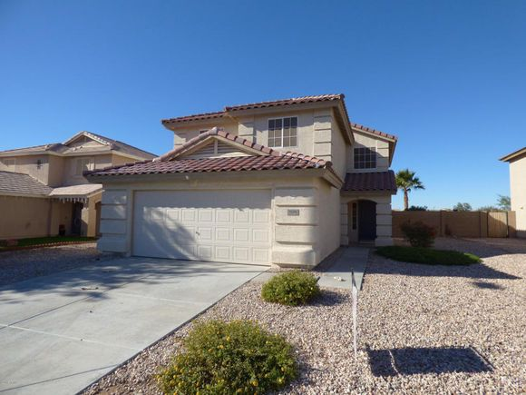 Home @ 1024 S 223RD Lane with 5 bedrooms and 3.0 bathrooms for $159,900