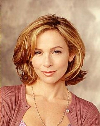 The haircut I always come back to - Jennifer Grey