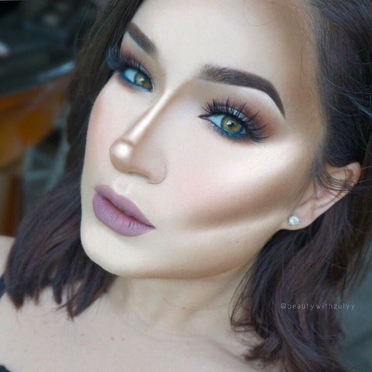 Makeup Trends to Ditch in 2017