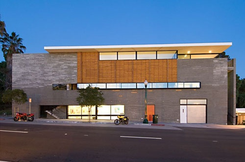 R3 Triangle Building in California by Lloyd Russell Photo    Zig and Zag