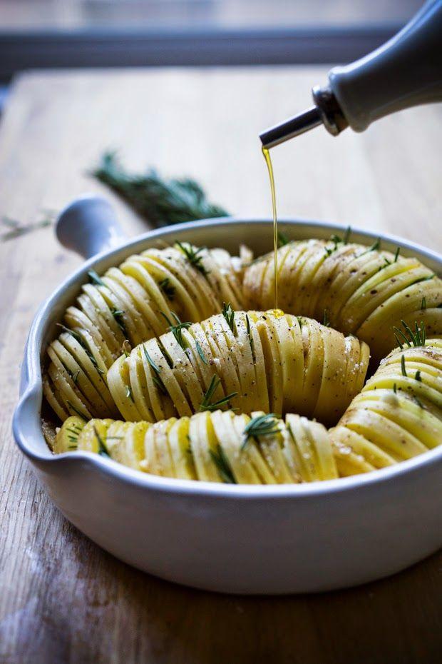 feasting at home: Rosemary Garlic Hasselback Potatoes