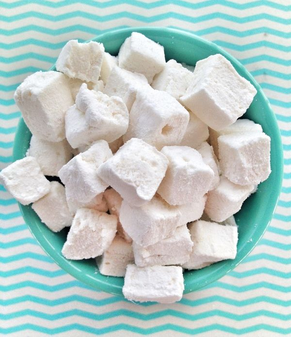 Organic Marshmallows. (Corn Syrup/Egg Free) A different recipe with some great ideas to make it easier. * Trader Joe's has a coconut oil spray that works extremely well in this recipe. The flavor of the spray is delicious and it gave my marshmallows a little bit of a tropical coconut flavor. If you can get your hands on this spray I HIGHLY recommend it.