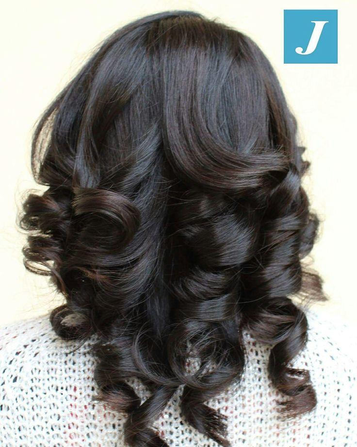 Mora con stile _ Degradé Joelle ✨🌌 ⚫️ 🕛 Servizio di prenotazione online 24h su 24⚫ #cdj #degradejoelle #tagliopuntearia #degradé #igers #musthave #hair #hairstyle #haircolour #longhair #ootd #hairfashion #madeinitaly #matera #matera2019 #sassimatera