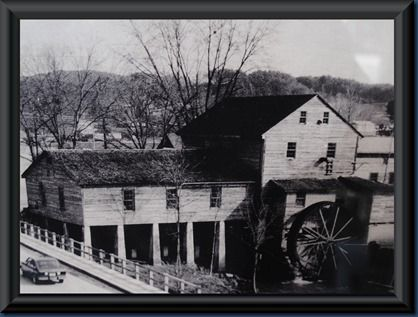 1800 tennessee pictures old   The Old Mill of Pigeon Forge, TN.