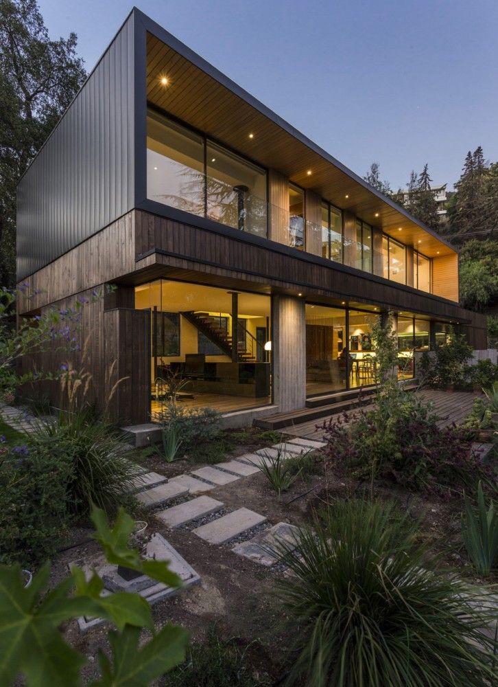 Lo Curro House / Nicolas Loi