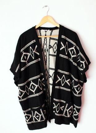 Kup mój przedmiot na #vintedpl http://www.vinted.pl/damska-odziez/peleryny-narzutki/12635669-sweter-narzutka-aztec-oversize-new-look-s-m-l