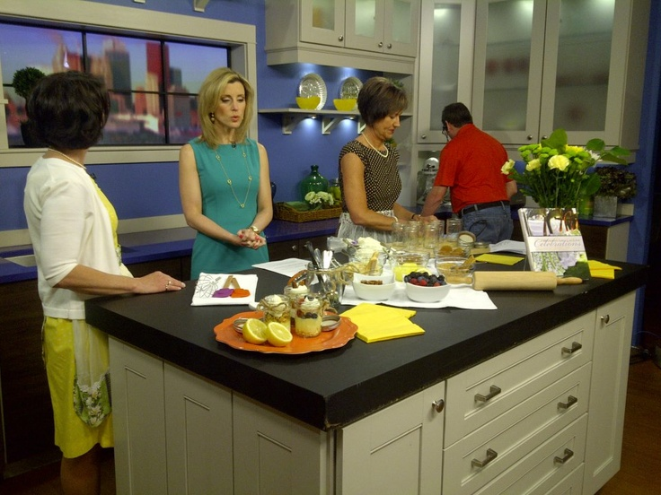 Lovella and Anneliese of Mennonite Girls Can Cook behind-the-scenes of Canada AM. They made pies-in-jars from their new book, Celebrations.