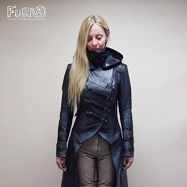Leather moto cloak-jacket with protection. Кожаный мото плащ-куртка с защитой. #steampunk, #cyberpunk #furia #furiacustom #furiacustommotorcycle #motojacket #moto #leather #motorcycle #мишаfuria #mishafuria #Motorcyclejacket #Motorcyclesuit #Motoprotection #Motorcycle #Honda #Yamaha #Suzuki #Kawasaki #Ducati #Custom #Kustom #Kustomkultur #Customleathers #Leatherjacket #bikers #Caferacer #Triumph #Protection  #Racing