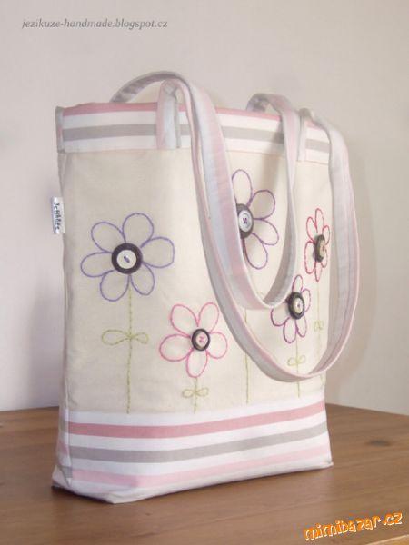 Velká jarní taška