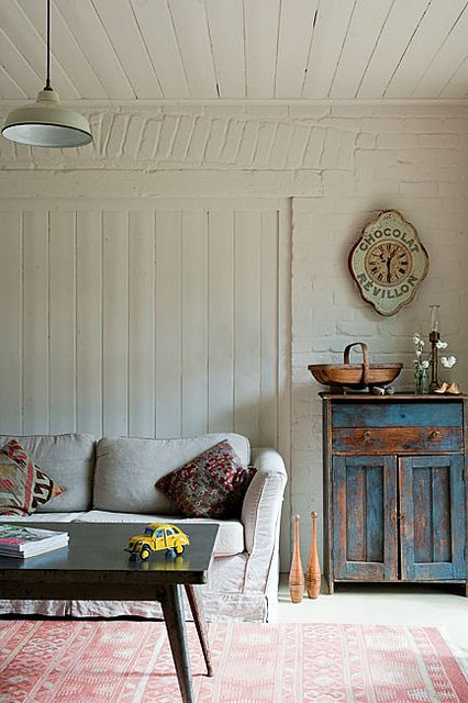 Vintage Industrial Style What 39 S Hot On Pinterest This Week Farmhouse Living Rooms Rustic