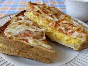 Komeda wind ♥ ♡ scrambled eggs pizza toast