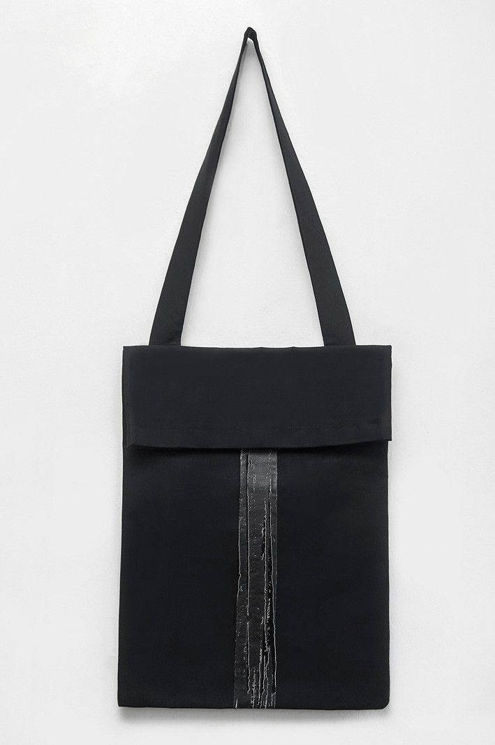 MOMENT TOTEBAG – OOZZ
