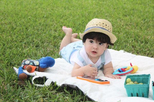 Salir con un bebé que ya gatea: lugares que estimulan el movimiento   Blog de BabyCenter