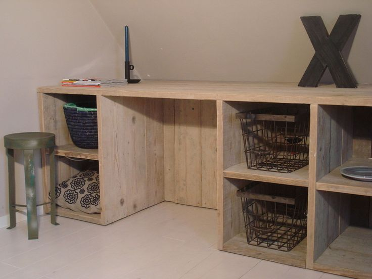 Wandkast/vakkenkast steigerhout by PureWoodDesign via DaWanda