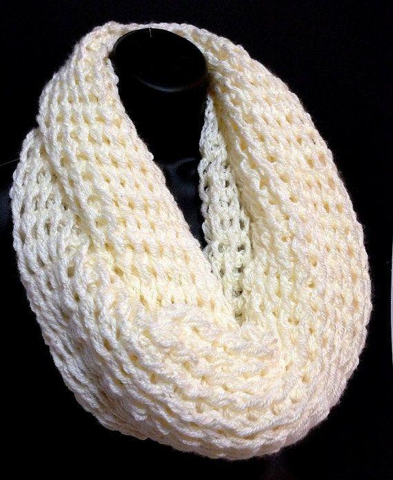 Crocheting Infinity Scarf : Crochet Christmas Infinity Scarf. Unisex Infinity scarf. Mens Fashion ...