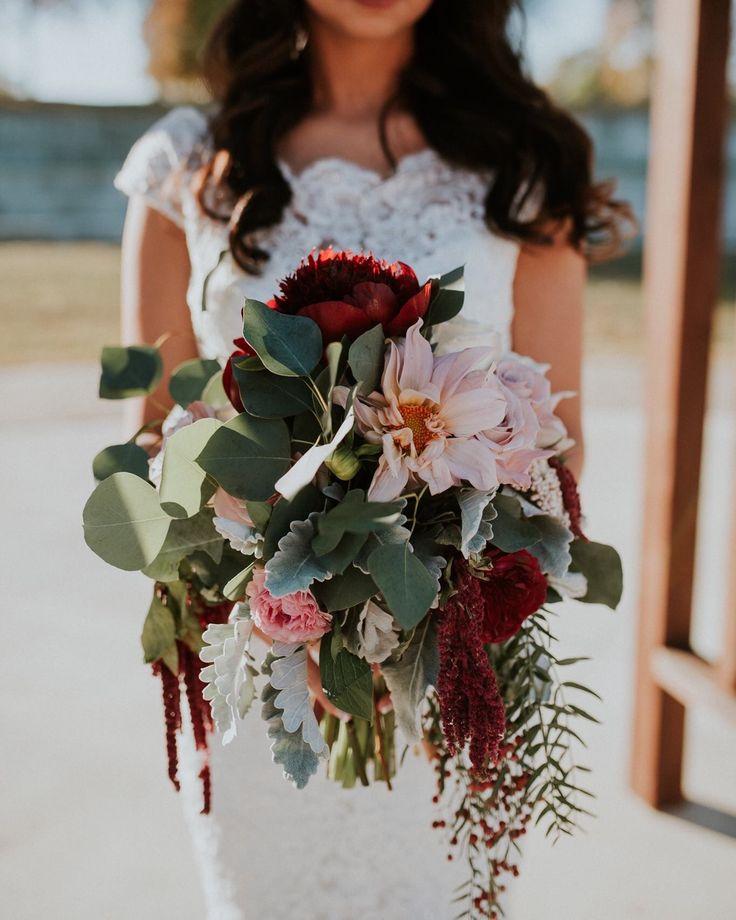 25 Autumn Inspired Wedding Flowers: 25+ Best Ideas About Burgundy Bouquet On Pinterest