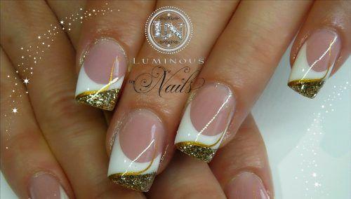 Картинки по запросу ногти красивые золотые