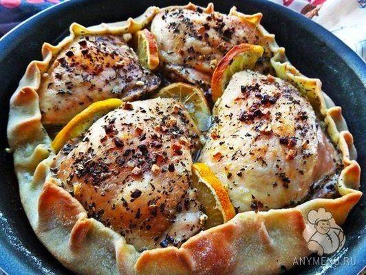 Курица, запечёная в съедобной тарелке
