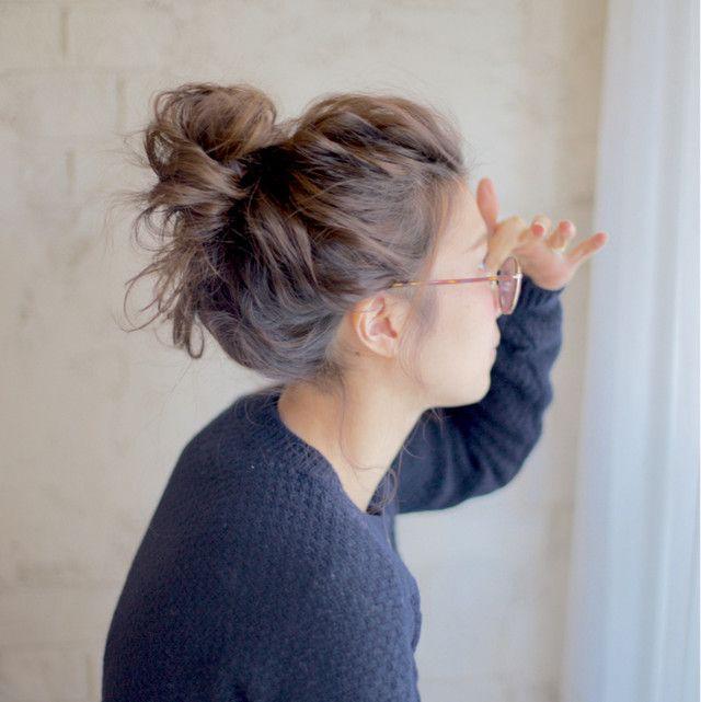 お家でまったりと過ごす日におすすめな「簡単&崩れにくいヘアアレンジ」を厳選してご紹介します。ぜひ参考にして、お家で過ごす日も可愛くお洒落にきめちゃいましょう!