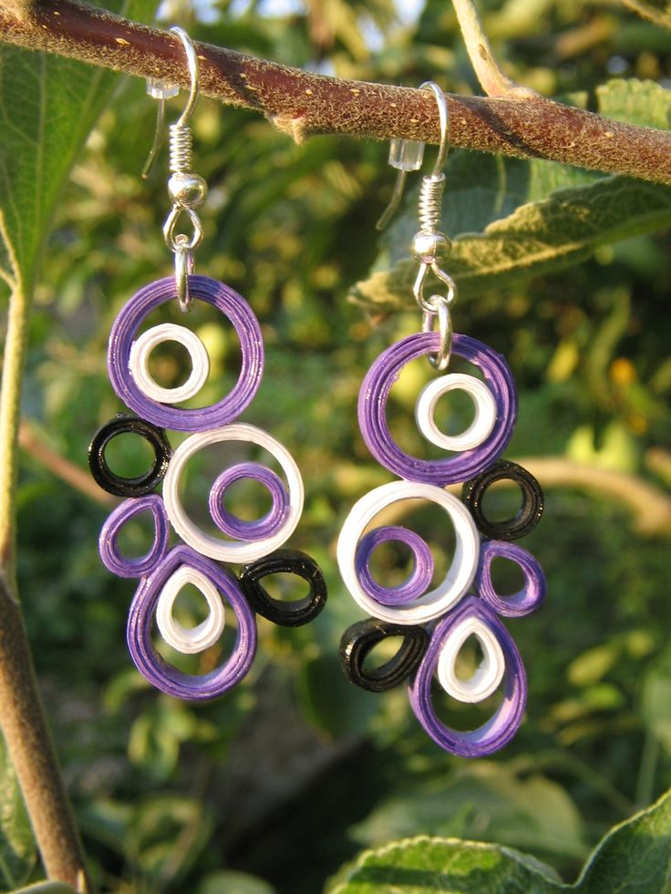 handmade quilled earring