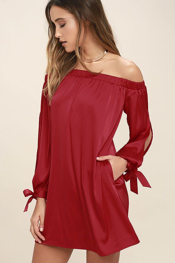 And the winner of the evening for best dressed is the Award Show Red Satin Off-the-Shoulder Dress! Shiny satin fabric is perfectly elegant across an elasticized off-the-shoulder neckline, long sleeves with tying cuffs, and shift silhouette.